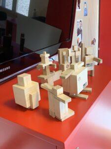 Labor_Maennlichkeit_FotoMANU2019_Holzfiguren